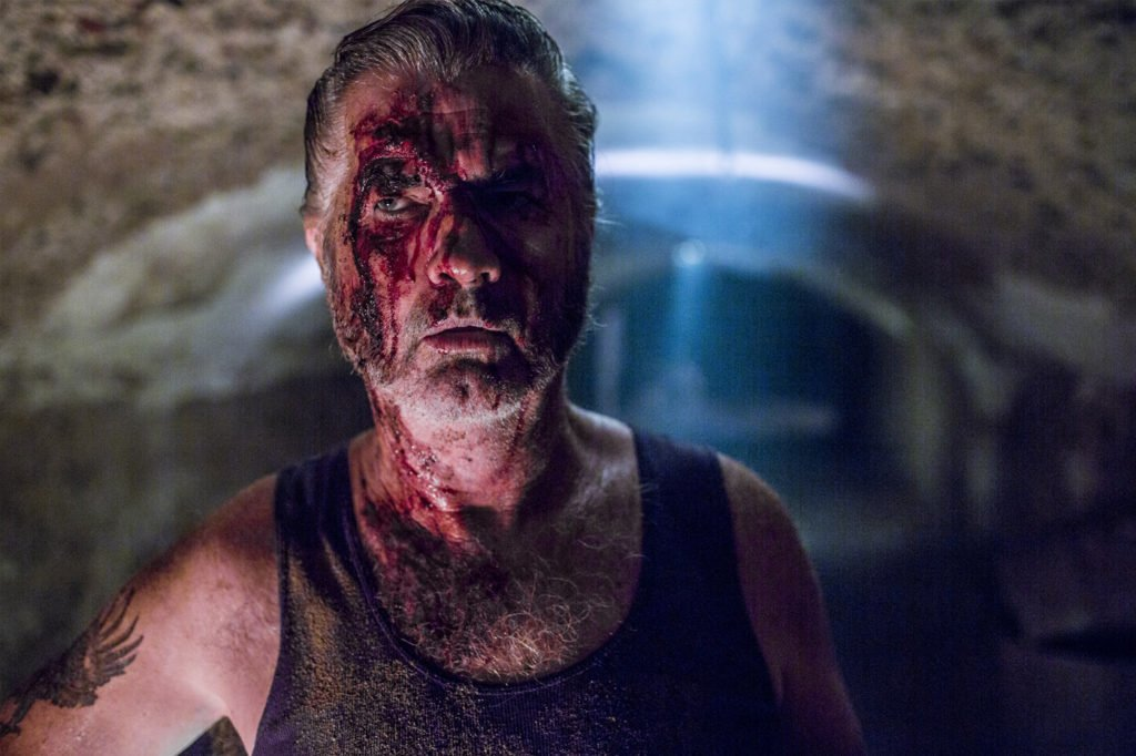 wolf creek 2013 still 4